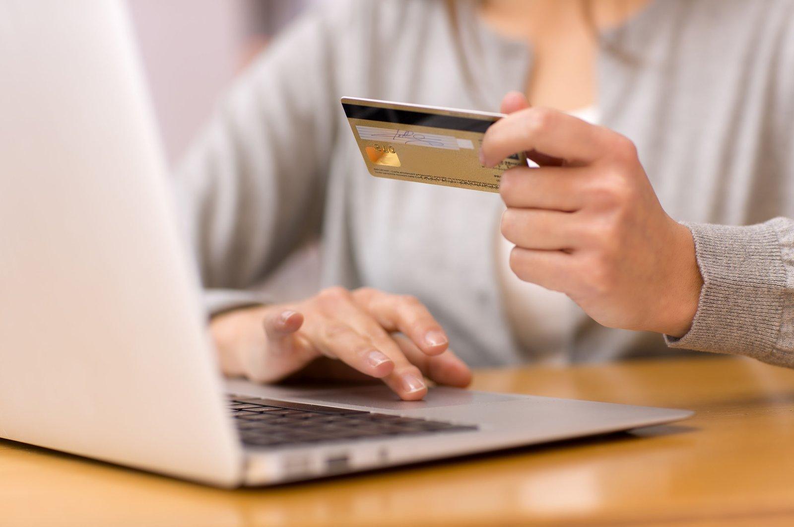 Ссуда через интернет: что нужно знать, практичность или бюрократия, как получить, рекомендации по взятию денег, анализ кредита